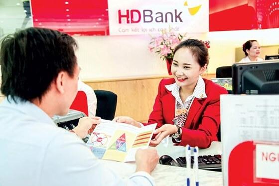 HDB – Lợi suất cho vay ngoài tiền mặt chịu áp lực lớn nhất